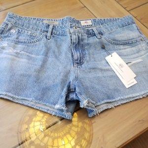 AG jeans bonnie short 31
